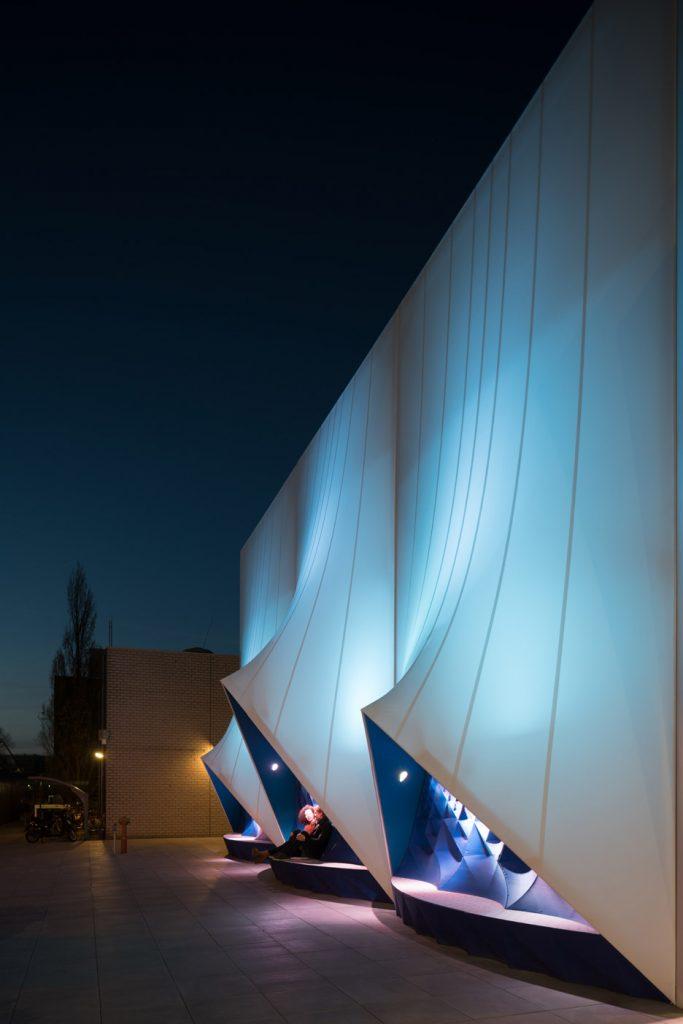 3D-printed-facade_EU-building_Heijmans_DUS-Architects_dezeen_936_20